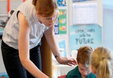 Cui îi pasă de starea de bine a profesorilor?