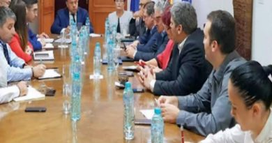 Liderii ApEC s-au întâlnit cu Ministrul Educației